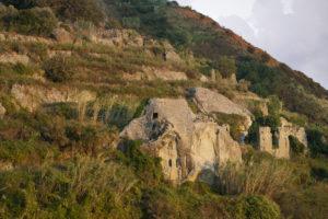 castiglione-case-di-pietra-al-tramonto